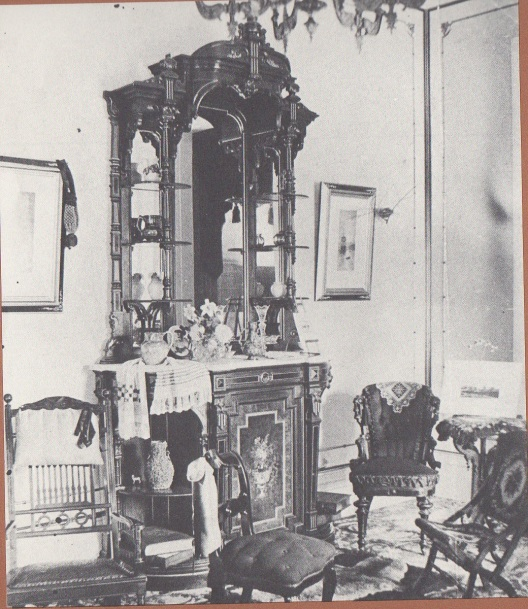 Old Parlor O-H
